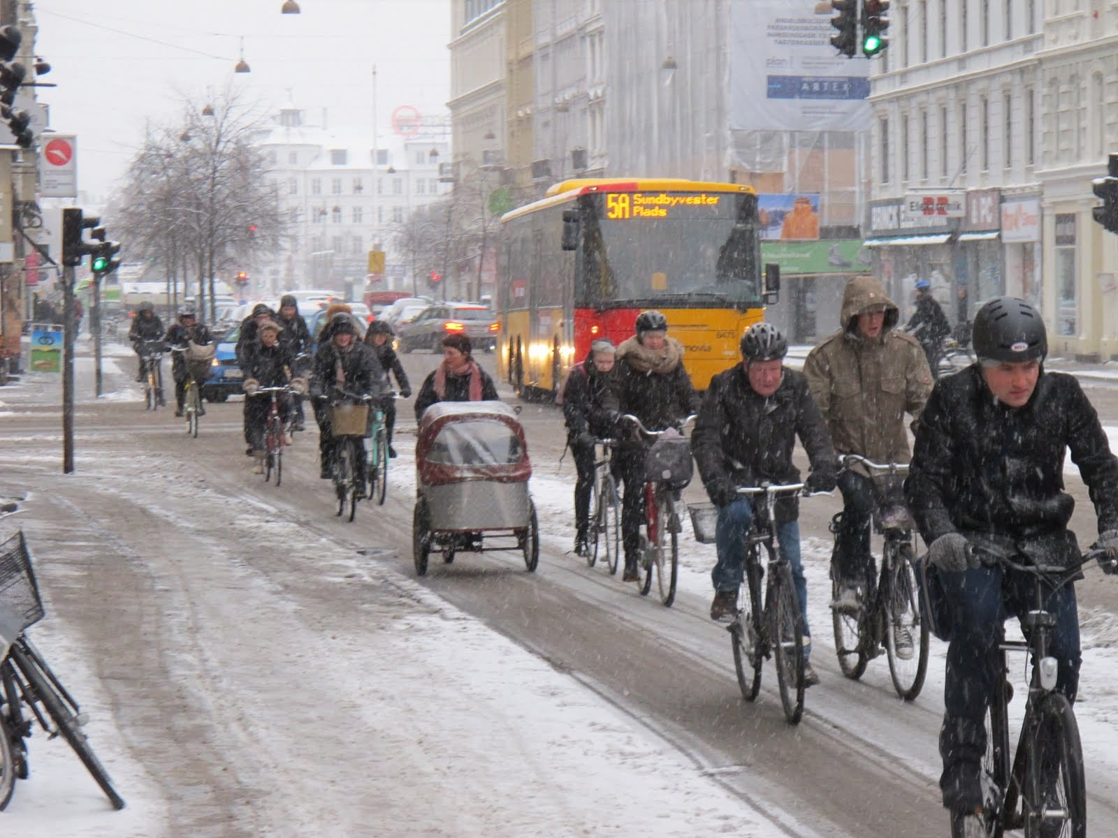 cyclists-in-copenhagen