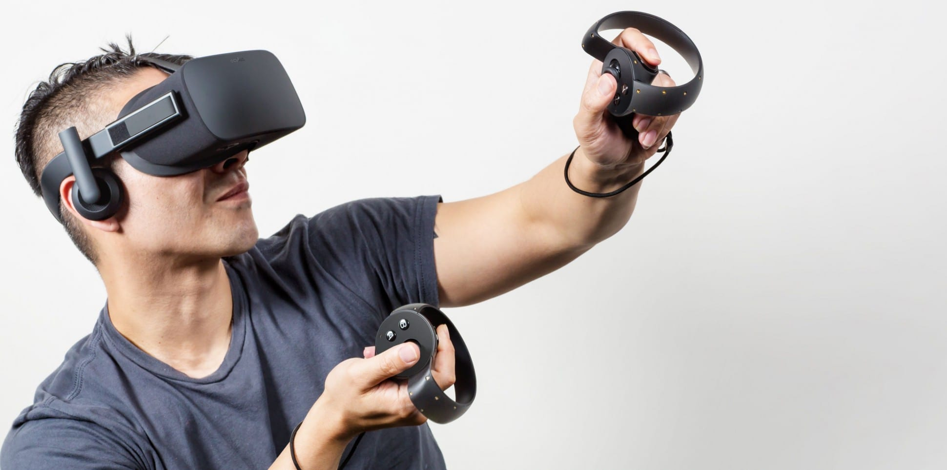 oculus-touch-controllers-1940x963