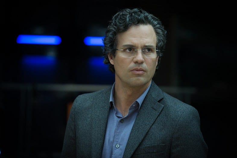 Avengers-2-Age-of-Ultron-HD-Still-Bruce-Banner-at-Party
