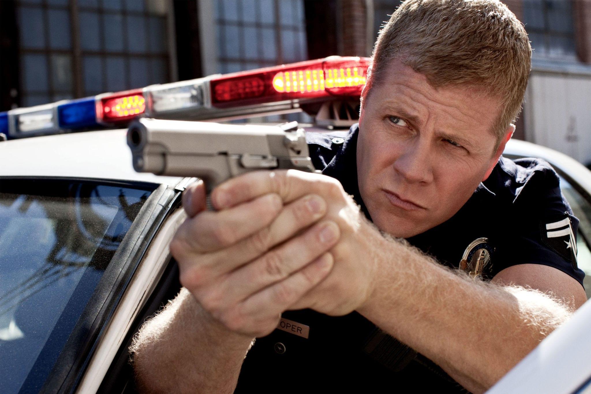 Полицейский Майкл Кудлиц высокого разрешения