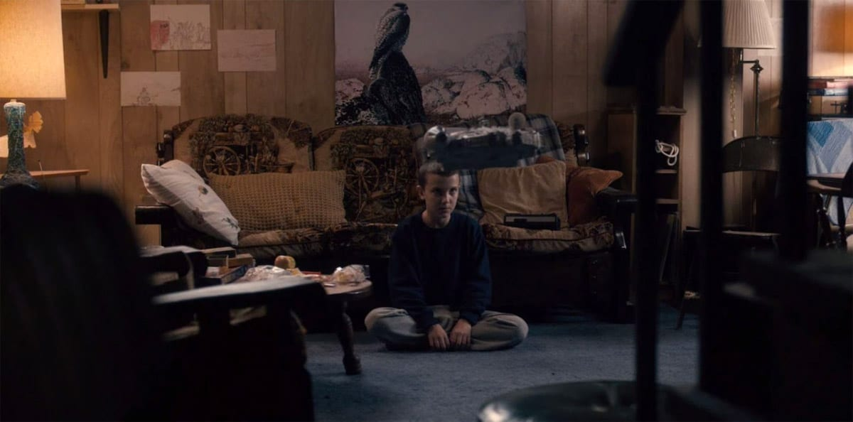 stranger-things-easter-eggs-references-star-wars-millenium-falcon
