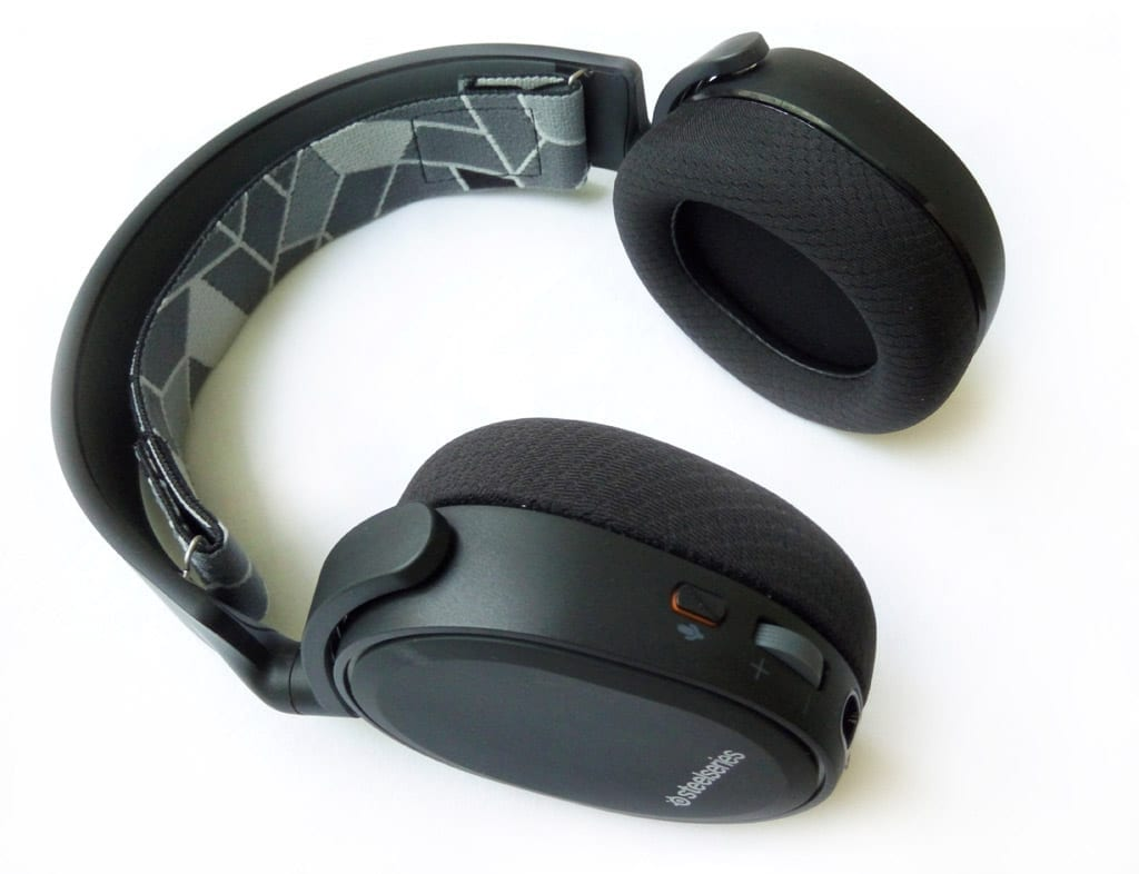 steelseries-arctis-3-photo-headset-1